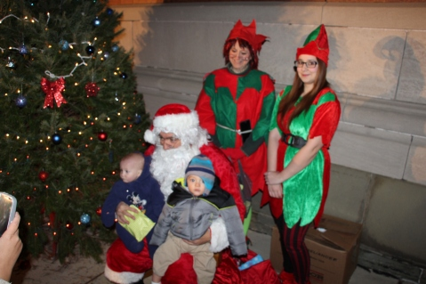 Coaldale Holiday Tree Lighting, Via C.H.O.S.E., Borough Hall, Coaldale, 11-29-2015 (79)