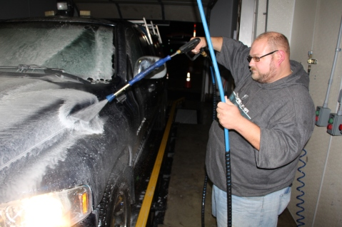Free Car Wash, The Washery System Carwash, Tamaqua, 11-11-2015 (3)
