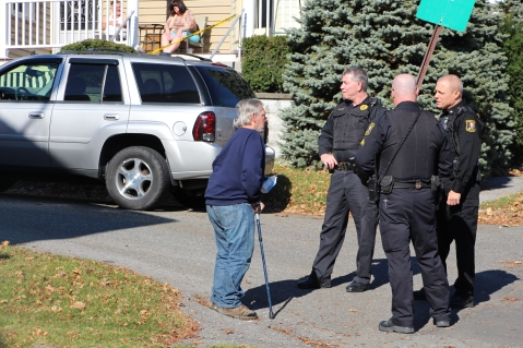 Hit And Run Investigated, Rowe Street, North Lehigh Street, Tamaqua, 11-16-2015 (1)