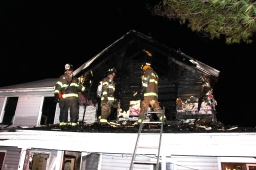 House Fire, 252 Hillside Drive, Barnesville, 11-22-2015 (114)