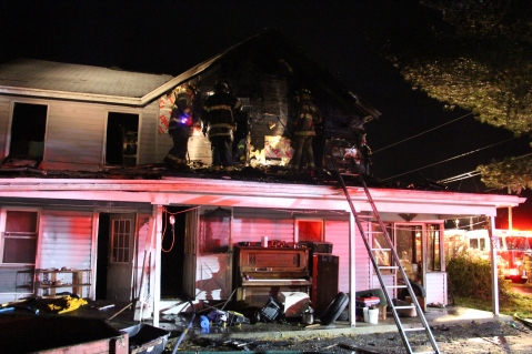 House Fire, 252 Hillside Drive, Barnesville, 11-22-2015 (46)