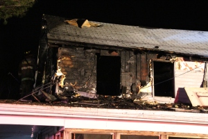 House Fire, 252 Hillside Drive, Barnesville, 11-22-2015 (80)
