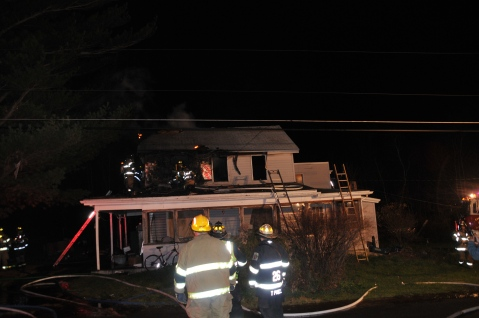 House Fire, 252 Hillside Drive, Barnesville, 11-22-2015, from Coal Region Barrett (43)