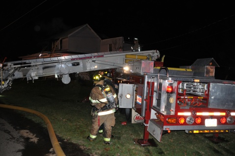 House Fire, 252 Hillside Drive, Barnesville, 11-22-2015, from Coal Region Barrett (68)