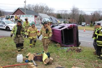 Overturned Vehicle, SR309, Hometown, 11-28-2015 (16)