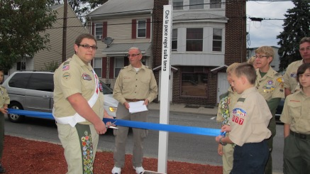 Peace Pole Dedication, Tamaqua Boy Scout, Train Station lot, Tamaqua, 9-21-2015 (17)