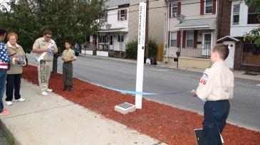 Peace Pole Dedication, Tamaqua Boy Scout, Train Station lot, Tamaqua, 9-21-2015 (3)