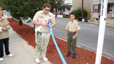 Peace Pole Dedication, Tamaqua Boy Scout, Train Station lot, Tamaqua, 9-21-2015 (4)
