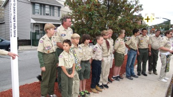 Peace Pole Dedication, Tamaqua Boy Scout, Train Station lot, Tamaqua, 9-21-2015 (9)