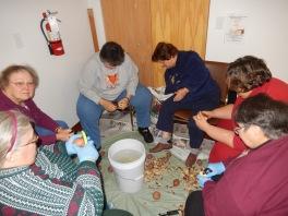 Preparing 25 Thanksgiving Day Turkeys, Salvation Army, Tamaqua, 11-23-2015 (8)