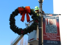 Putting Up 70 Or So Christmas Decorations, Street Department, Downtown Tamaqua, 11-25-2015 (11)