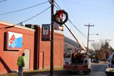 Putting Up 70 Or So Christmas Decorations, Street Department, Downtown Tamaqua, 11-25-2015 (34)