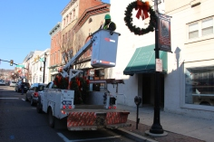 Putting Up 70 Or So Christmas Decorations, Street Department, Downtown Tamaqua, 11-25-2015 (5)
