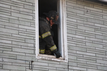 Row Home Fire, 200 block of West Sherman Street, McAdoo, 11-25-2015 (45)