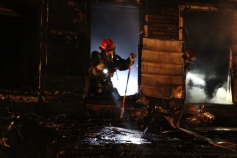 Row Home Fire, Blaze, 100 Block of Orwigsburg Street, Tamaqua, 11-21-2015 (126)