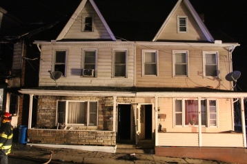 Row Home Fire, Blaze, 100 Block of Orwigsburg Street, Tamaqua, 11-21-2015 (142)