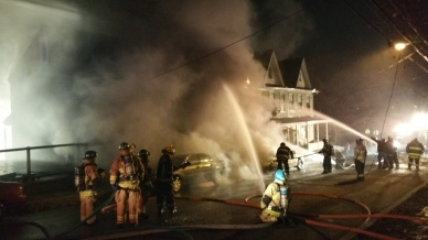 Row Home Fire, Blaze, 100 Block of Orwigsburg Street, Tamaqua, 11-21-2015 (600)