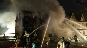 Row Home Fire, Blaze, 100 Block of Orwigsburg Street, Tamaqua, 11-21-2015 (605)