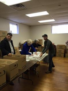 Schuylkill Knights of Columbus Delivers Food, 11-26-2015, from Wendy Seigenfuse (6)