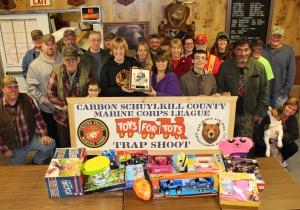 SCMCL Toys For Tots Donation, Trap Shoot, Bear's Head Sportsman Association, Delano, 11-15-2015 (19)