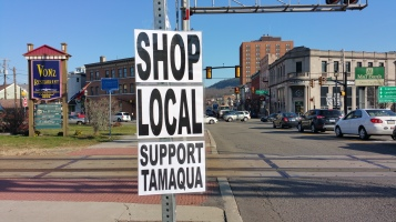 Shop Local, Tamaqua, 11-25-2015 (5)