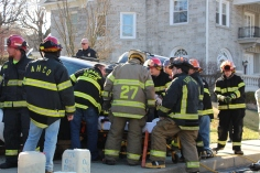 Single Vehicle Accident, 518 East Broad Street, Tamaqua, 11-30-2015 (14)