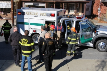 Single Vehicle Accident, 518 East Broad Street, Tamaqua, 11-30-2015 (22)
