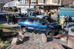 Single Vehicle Accident, 518 East Broad Street, Tamaqua, 11-30-2015 (26)
