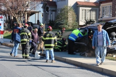 Single Vehicle Accident, 518 East Broad Street, Tamaqua, 11-30-2015 (3)