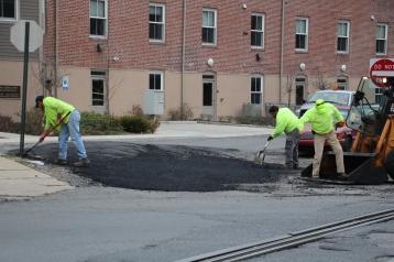 Tamaqua, Borough Street Department, Fixing Roads, Tamaqua, 11-18-2015 (4)