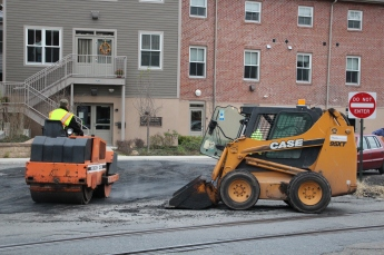 Tamaqua, Borough Street Department, Fixing Roads, Tamaqua, 11-18-2015 (6)
