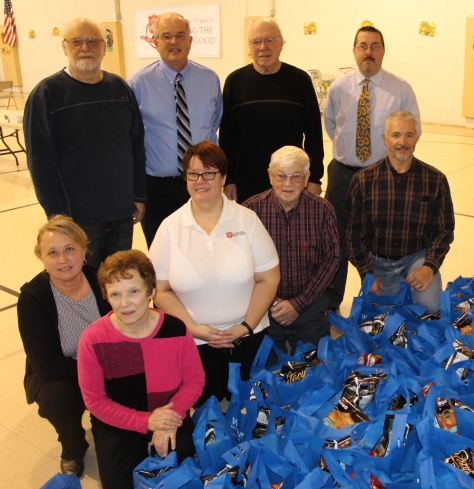 Tamaqua Rotary Club Sort Hundreds of Food Donations, Salvation Army, Tamaqu - Copy