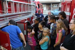 Tamaqua Salvation Army Youth Group Visits South Ward Fire Company, Tamaqua, 10-8-2015 (27)