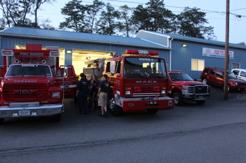 Tamaqua Salvation Army Youth Group Visits South Ward Fire Company, Tamaqua, 10-8-2015 (46)