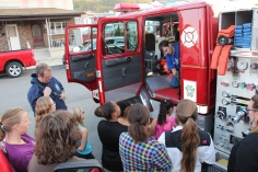Tamaqua Salvation Army Youth Group Visits South Ward Fire Company, Tamaqua, 10-8-2015 (8)