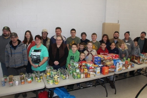 Tamaqua Troop, Pack, 777, Collecting, Sorting, Donations, Salvation Army, Tamaqua, 11-14-2015 (13)