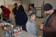 Tamaqua Troop, Pack, 777, Collecting, Sorting, Donations, Salvation Army, Tamaqua, 11-14-2015 (26)