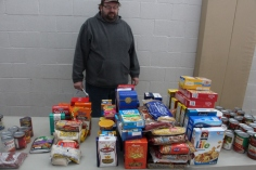 Tamaqua Troop, Pack, 777, Collecting, Sorting, Donations, Salvation Army, Tamaqua, 11-14-2015 (42)