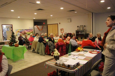 Thanksgiving and Christmas Party, Old and Bolder Group, Salvation Army, Tamaqua, 11-18-2015 (19)
