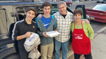 Thanksgiving Day Meal, Deliveries, Tamaqua Salvation Army, Tamaqua, 11-26-2015 (11)