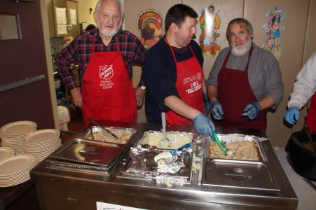 Thanksgiving Day Meal, Deliveries, Tamaqua Salvation Army, Tamaqua, 11-26-2015 (200)