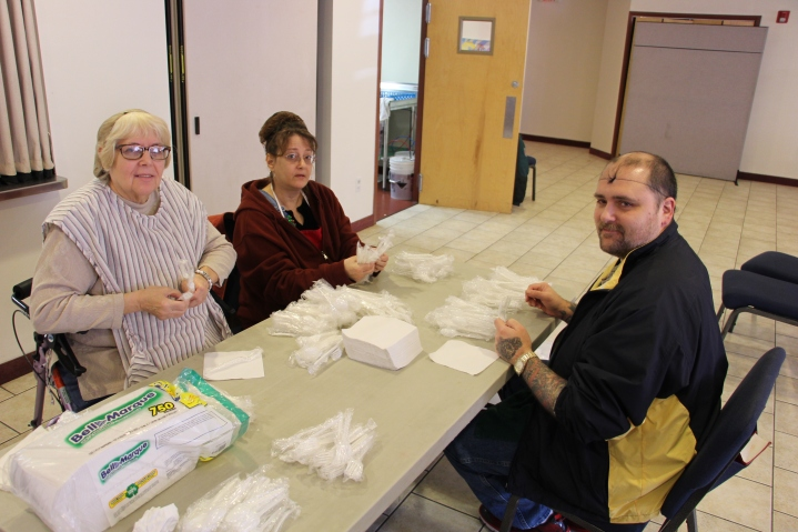 Thanksgiving Day Meal, Deliveries, Tamaqua Salvation Army, Tamaqua, 11-26-2015 (204)