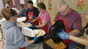 Thanksgiving Day Meal, Deliveries, Tamaqua Salvation Army, Tamaqua, 11-26-2015 (3)