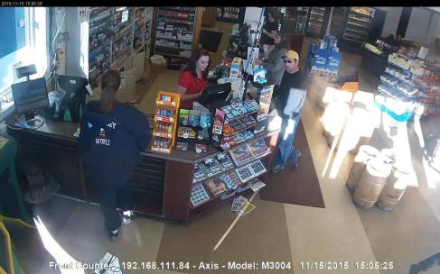 Theft at E Z Mart, Snyders, West Penn, 11-20-2015 (1)