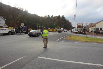 Tractor Trailer Overturns, US209, SR93, Nesquehoning, 11-5-2015 (103)