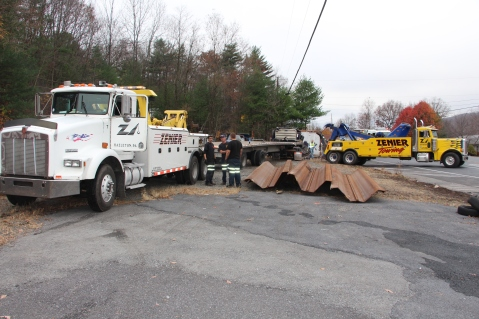 Tractor Trailer Overturns, US209, SR93, Nesquehoning, 11-5-2015 (36)