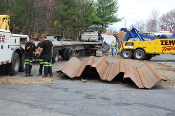 Tractor Trailer Overturns, US209, SR93, Nesquehoning, 11-5-2015 (37)