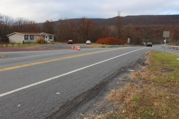 Tractor Trailer Overturns, US209, SR93, Nesquehoning, 11-5-2015 (89)