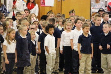 Veterans Day Program, Tamaqua Area Elementary School, Tamaqua, 11-11-2015 (210)