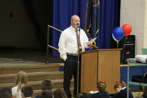 Veterans Day Program, Tamaqua Area Elementary School, Tamaqua, 11-11-2015 (388)